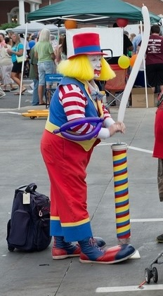 Clown with balloons at Lexington's 2013 National Night Out