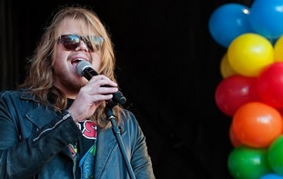 Caleb Johnson performing at barbecue festival