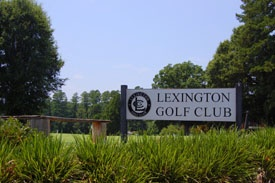 Lexington Golf Club sign up close